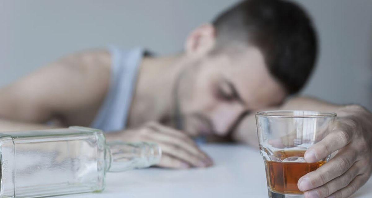 Как выселить мужа алкоголика из квартиры - сложности