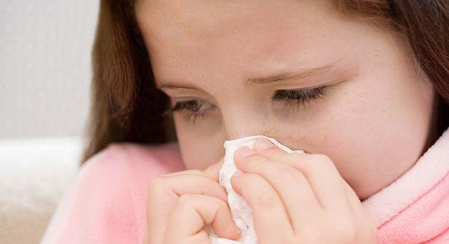 сопли у ребенка 5 лет - симптомы и лечение