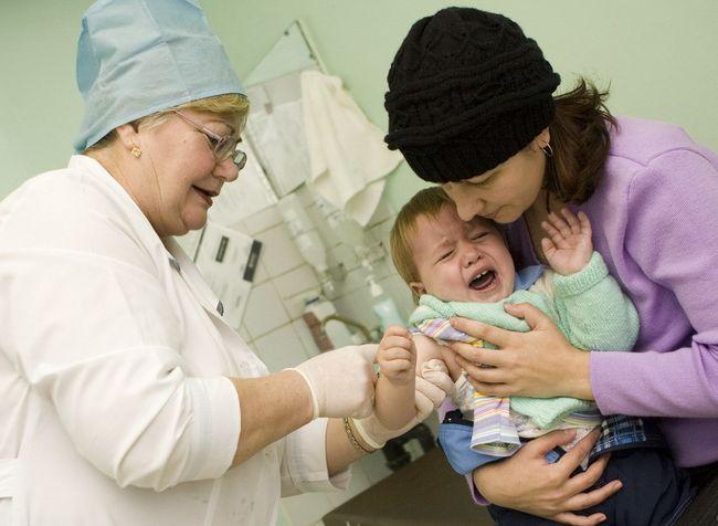 Можно ли делать ребенку манту при насморке