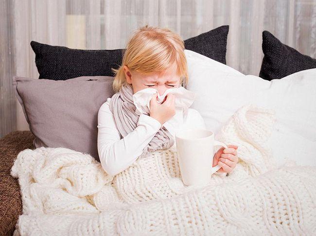 Чем лечить насморк у ребенка 10 лет